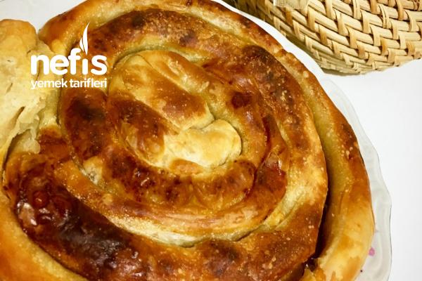 Teremyağlı El Açması Ispanaklı Peynirli Börek Tarifi