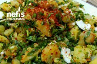 Haftasonu Kahvaltısına Yumurtalı Patates Salatası Tarifi