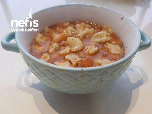 Yüksük Çorbası ( Mantı yemeği )