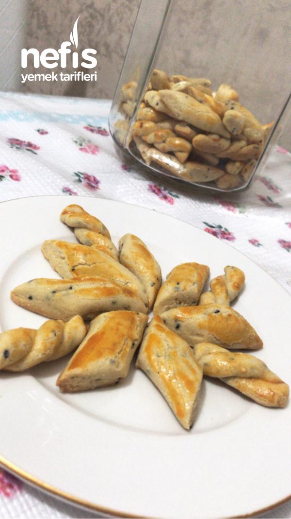 Çörek Otlu Kurabiye (Ağızda dağılan)