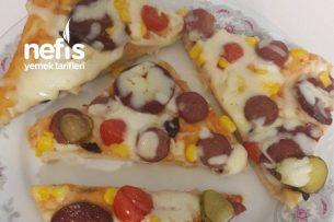 Karışık Pizza ( Tam Ölçülü) Tarifi