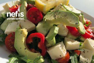 Rokalı Avakado Salatası Tarifi