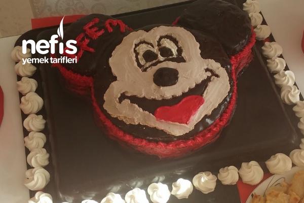 Teremyağlı Mickey Mouse Pasta Tarifi
