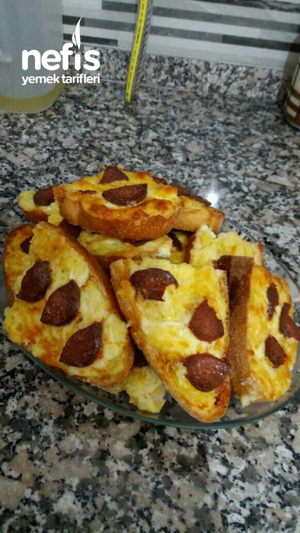 Teremyağlı Kahvaltilik Yumurtalı – Kaşarlı Sucuklu Ekmek
