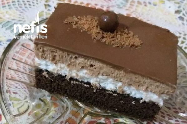 Denenme Rekorları Kıracak Çikolatalı Kat Kat 27 – 30 Dilimlik Pasta Tarifi
