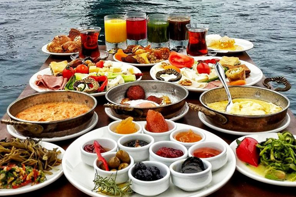 lacivert restaurant açık büfe kahvaltı
