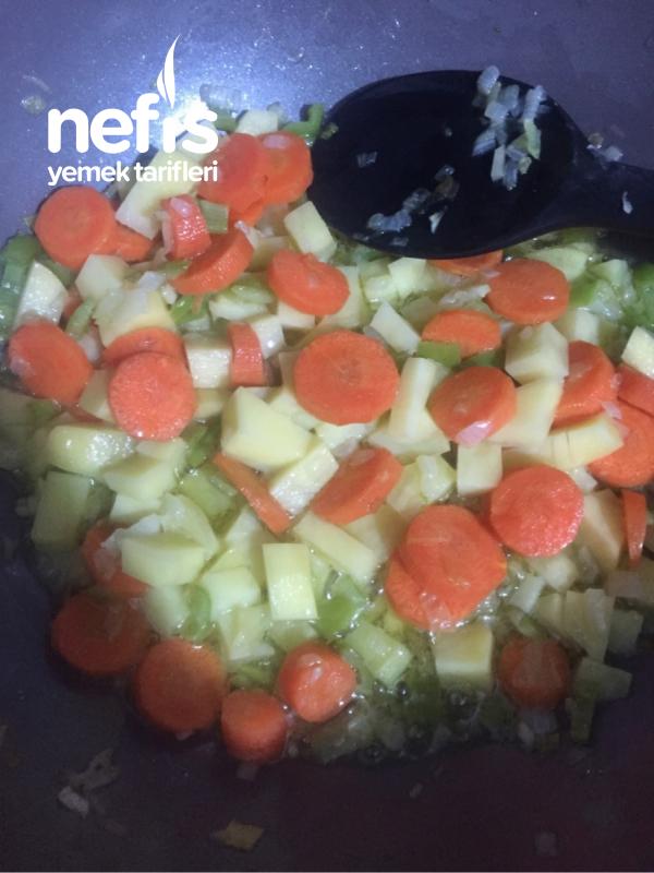 Sebzeli Ekşili Sulu Köfte