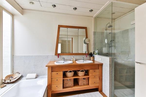 Duşakabin Temizliği Nasıl Yapılır? En Pratik 5 Doğal Temizlik Yöntemi