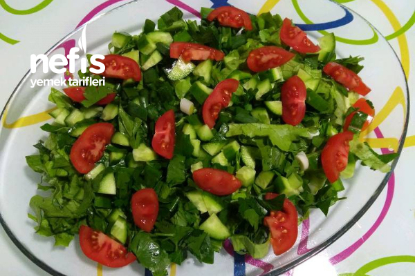 Karışık Yeşil Salata Tarifi