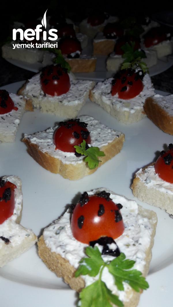 Peynirli Kanepeler