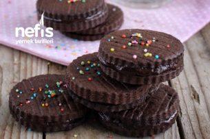 Teremyağlı Tarçınlı Çikolatalı Sandviç Ev Bisküvisi Tarifi