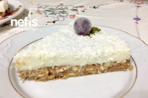 Nefis Kremalı Elmalı Pasta Tarifi