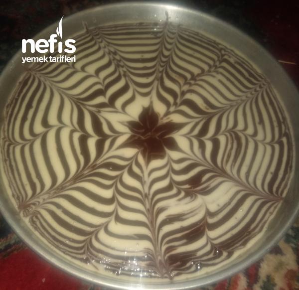 Teremyağlı Desenli Kek