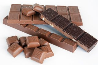 Çikolata Yapımı – Çeşitleri, Kalori ve Besin Değerleri – Faydaları, Zararları Tarifi