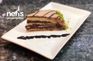 Fırınsız Yaş Pasta (Fırın Yok Gerçek Pastacı Kremasıyla Yaş Pasta) (Videolu) Tarifi