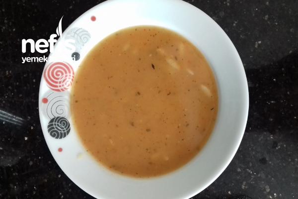 Tavuk Sulu Tarhana Çorbası Tarifi