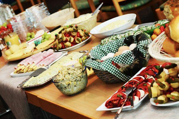 Yemek Festivalleri: Türkiye'deki 10 Gurme Etkinlik, Yöresel Tatlar Tarifi