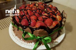 Çilekli Yaş Pasta (2) Tarifi