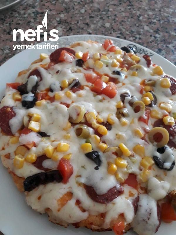 Kahvaltıya Teremyağlı Pizza