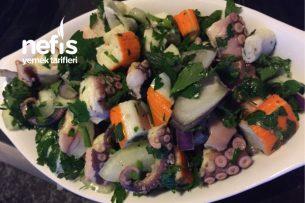 Yengeç Parçalı Ahtapot Salatası Tarifi