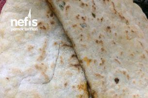 Yumuşacık Ispanaklı Börek Tarifi