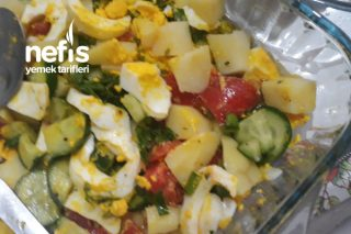 Sabah Kahvaltısı İçin Yumurtalı Salata Tarifi