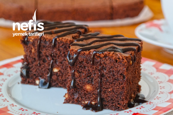 Browni Tadında Fındıklı Kek Tarifi (videolu)