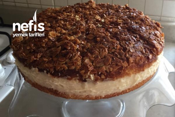 Bal Bademli Alman Pastası (Bienenstich) Tarifi