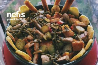 Şinitzelli Mantarlı Salata Tarifi