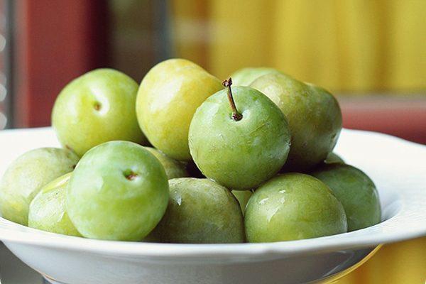 Yeşil Erik Faydaları – Kütür Kütür Yemek İsteyeceğiniz 7 Şifalı Etkisi Tarifi