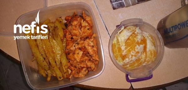 Diyet Fırında Soslu Tavuk Ve Patates