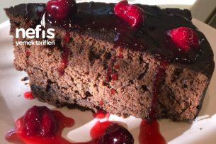 Vişne Soslu Black Midnight Cake (Brownie İntense) Tarifi