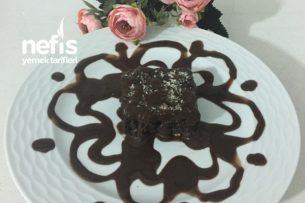 İrmikli Çikolata Soslu Islak Kek Tarifi