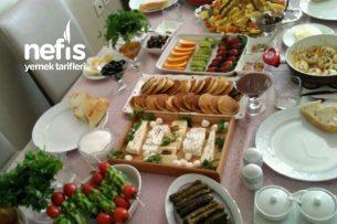Misafirlere Kahvaltı Sofrası Tarifi