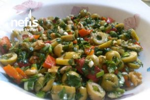 Zeytin Salatası Enfess Tarifi