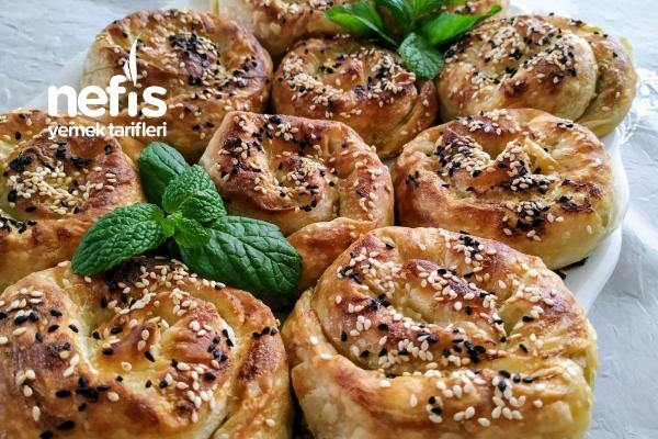 Enfes Ispanaklı Börek Tarifi