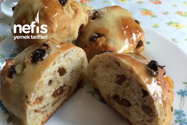 Kuru Meyveli Mini Paskalya Ekmekleri Tarifi