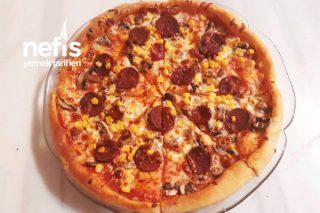Aile Boyu Nefis İtalyan Pizza Tarifi