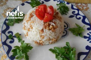 Boncuk Makarnalı Pirinç Pilavı Tarifi