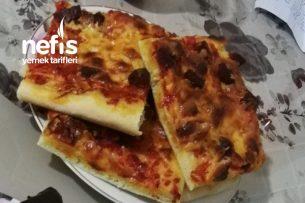 Ev Usulü Pizza Nasıl Olur? Tarifi