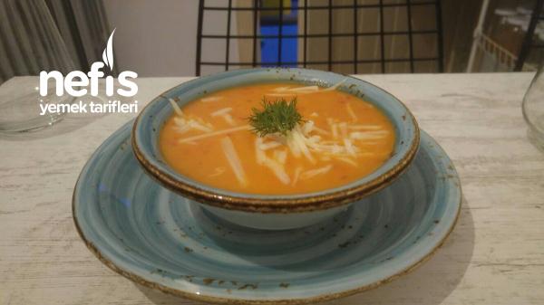 Sütlü Kapya Biberli Domates Çorbası