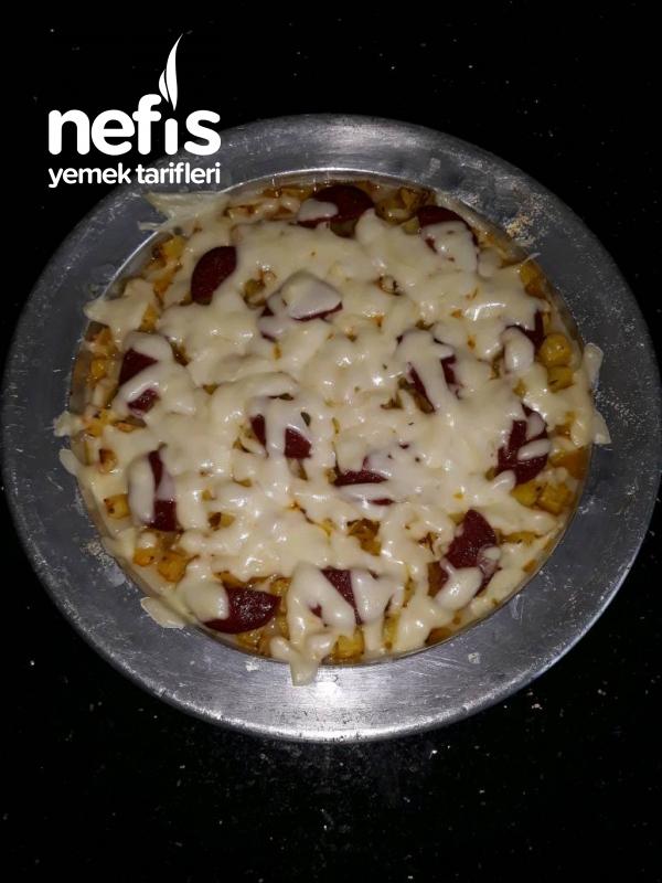 Kahvaltıya Fırında Sucuklu Kaşarlı Patates