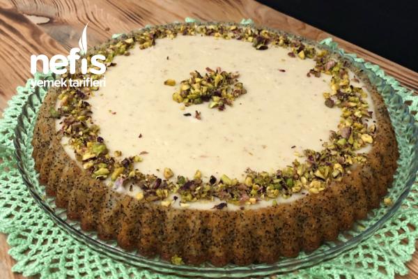 Tart Kalıbında Muhallebili Haşhaşlı Kek Tarifi