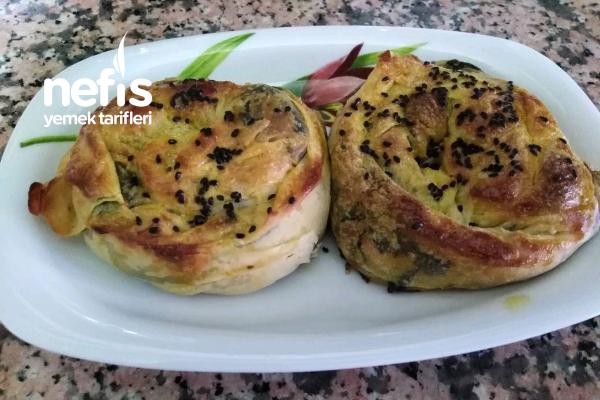Nefis Gül Böreği (Buzluk İçin) Tarifi