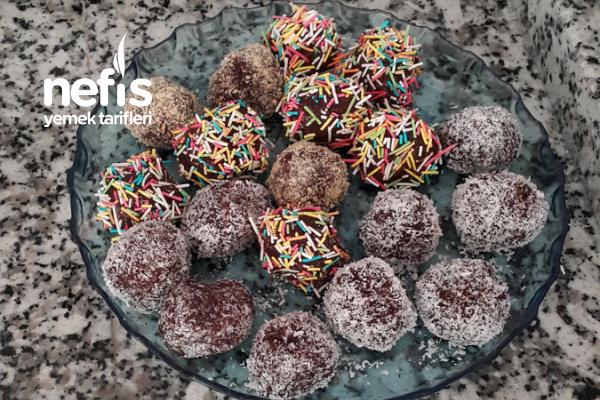 Çikolata Keyfi (Sanki Kaşık Kaşık Çikolata Yiyormuş Hissi) Tarifi