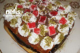 Lokumlu Çikolatalı Revani Pasta Tarifi