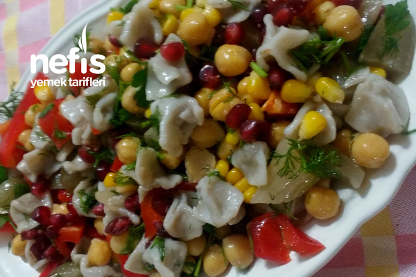 Mantılı Salata Tarifi