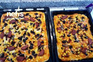 Enfes Pizzam ( Hazır Yemeye Son) Tarifi
