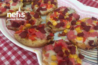 Patates Dilimli Pizza (Favoriniz Olacak) Tarifi