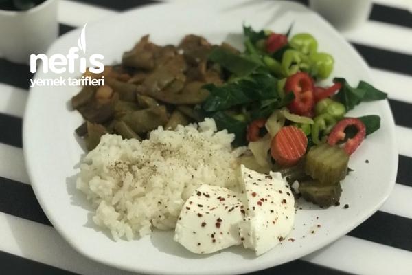 Sebze Yemekli Pilavlı Diyet Menü Tabağı Tarifi